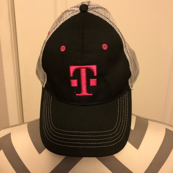 Accessories - NEW T-Mobile Hat